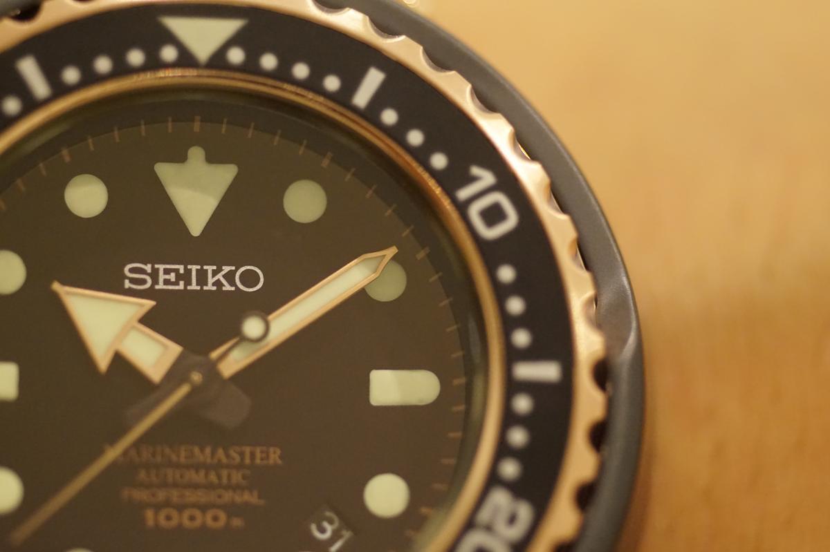 單向旋轉錶圈是潛水員判斷氧氣剩餘量最重要的依據。