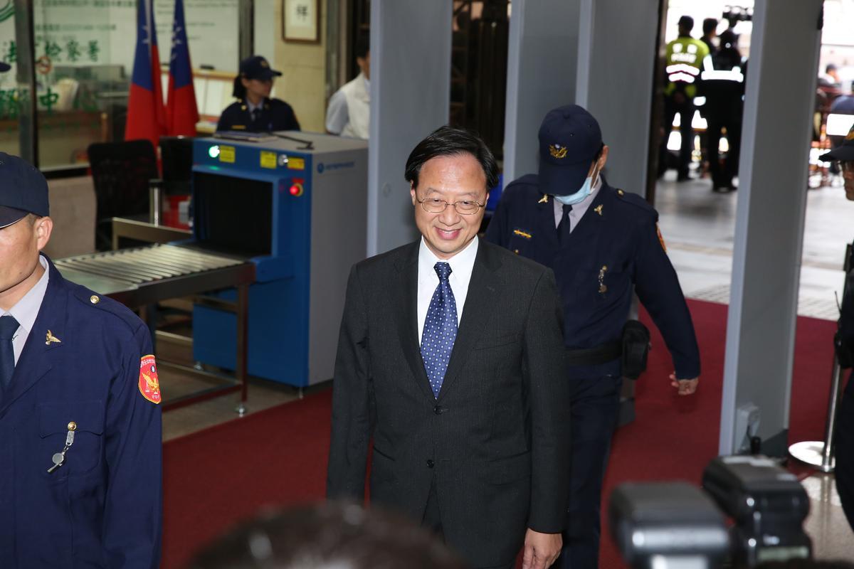 江宜樺從香港趕回台開庭,未受訪表示意見。