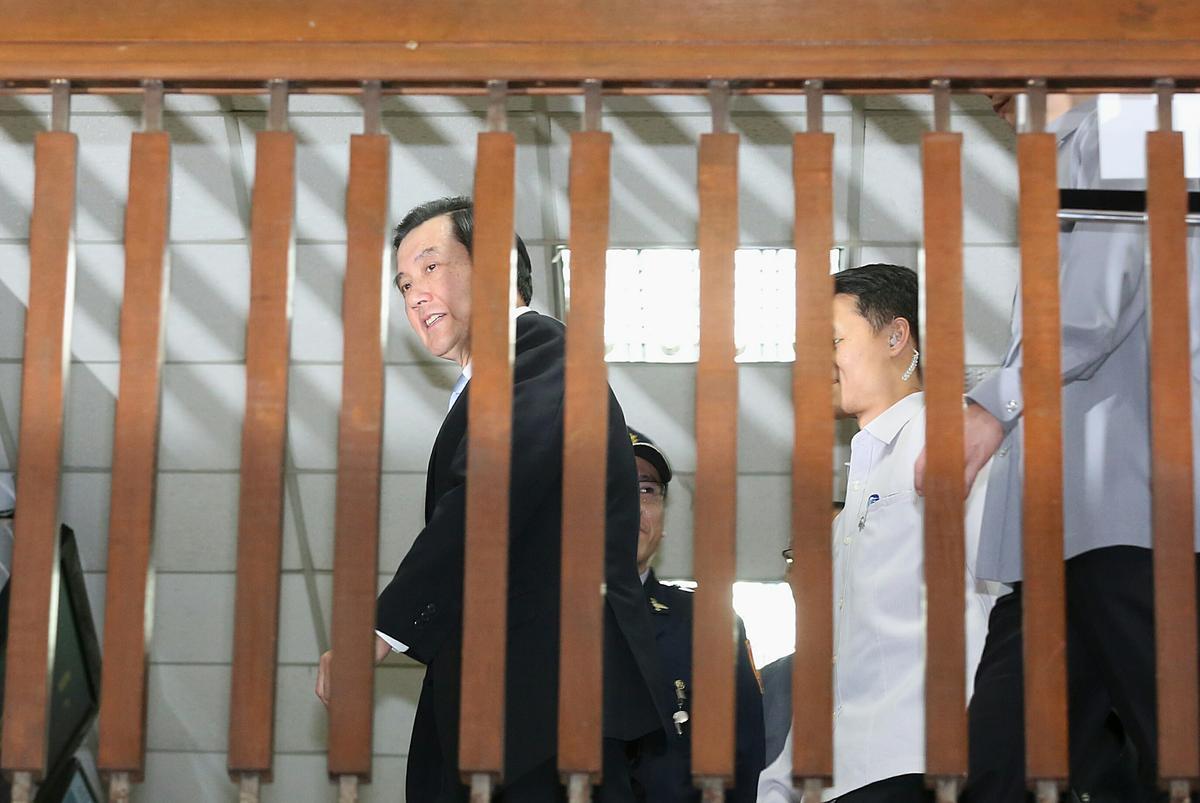 馬英九對於本刊提問對官司有沒有信心,僅表示「辛苦了」。