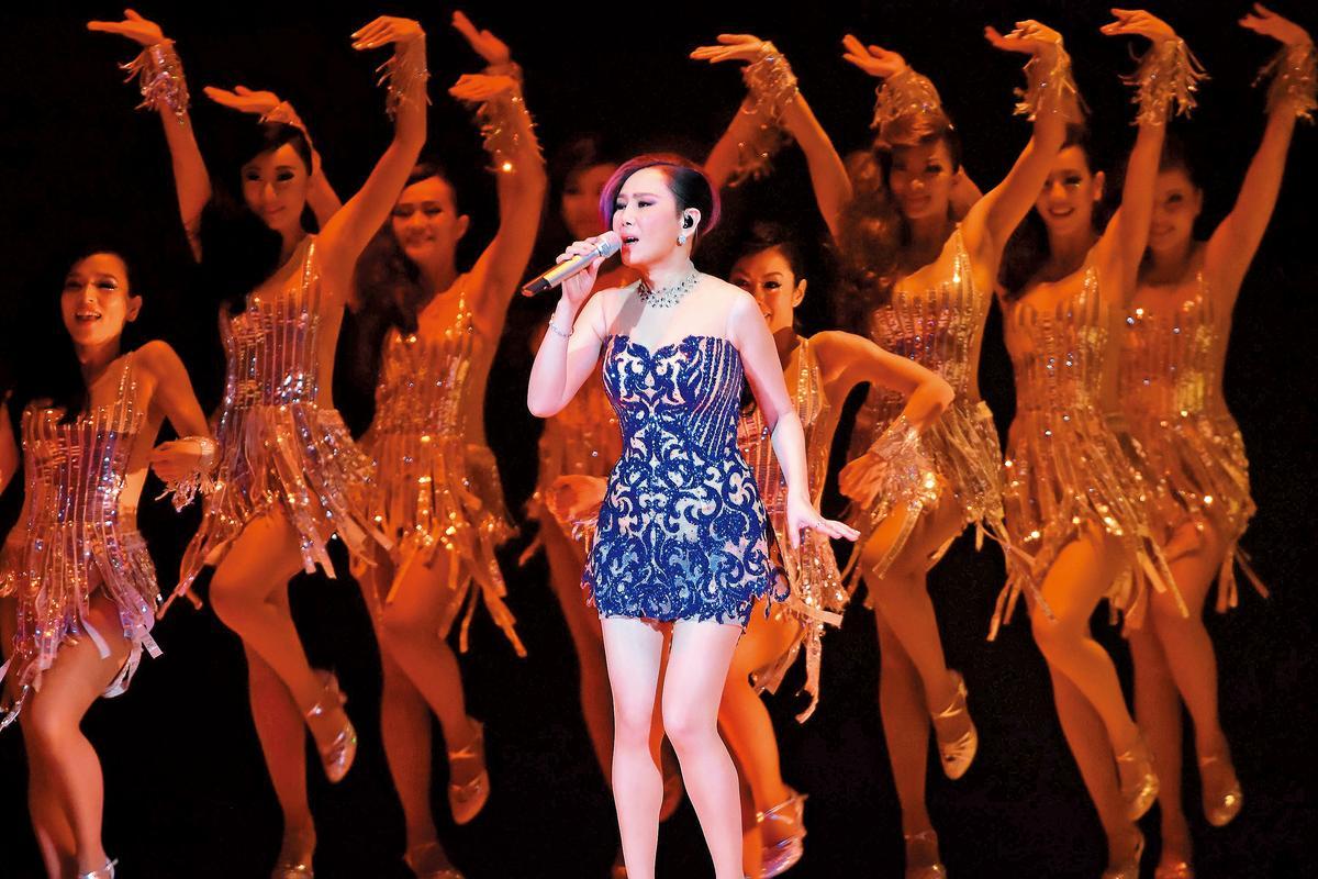 江蕙2015年25場「祝福」封麥演唱會,應付給創作人的公開演出權利金至今未付。(東方IC)