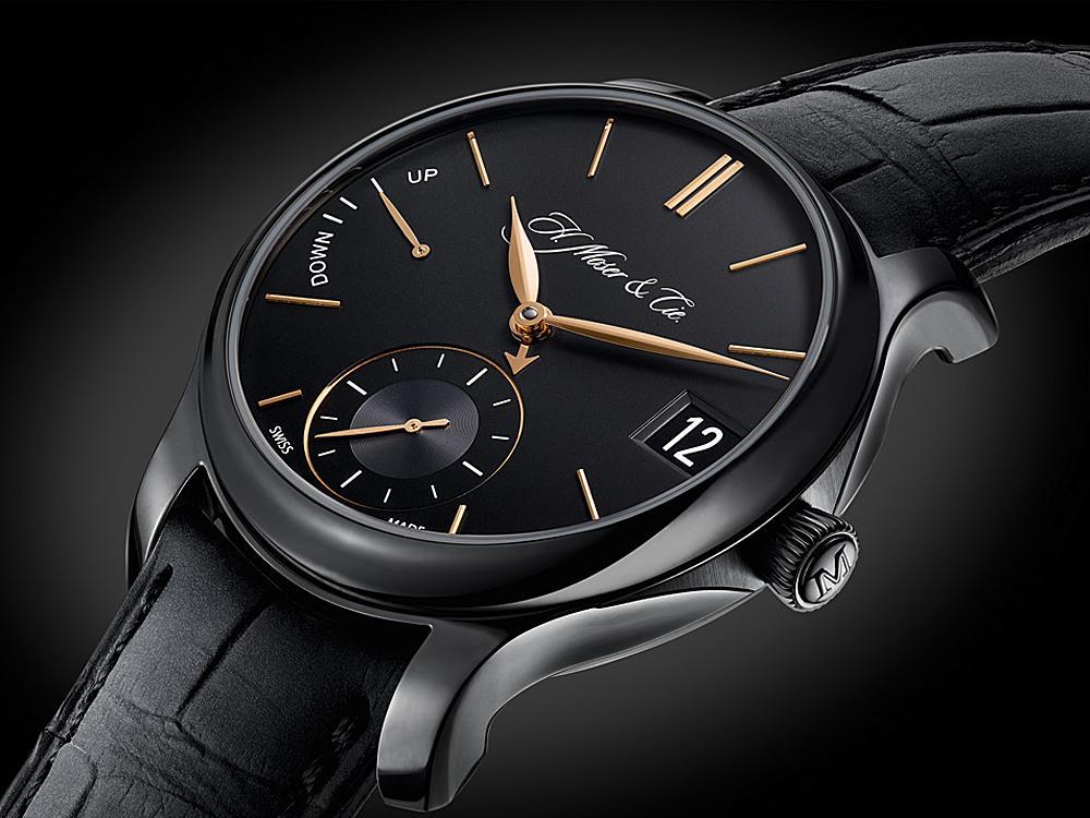 結構陶瓷除了會以單體零件的形式被使用在腕錶上之外,也會以鍍膜或塗層的方式作為金屬材質零件的表面硬化材料。如常見於高級腕錶上面的黑色DLC類鑽碳鍍膜等,都是屬於此種表面陶瓷硬化處理的範疇。