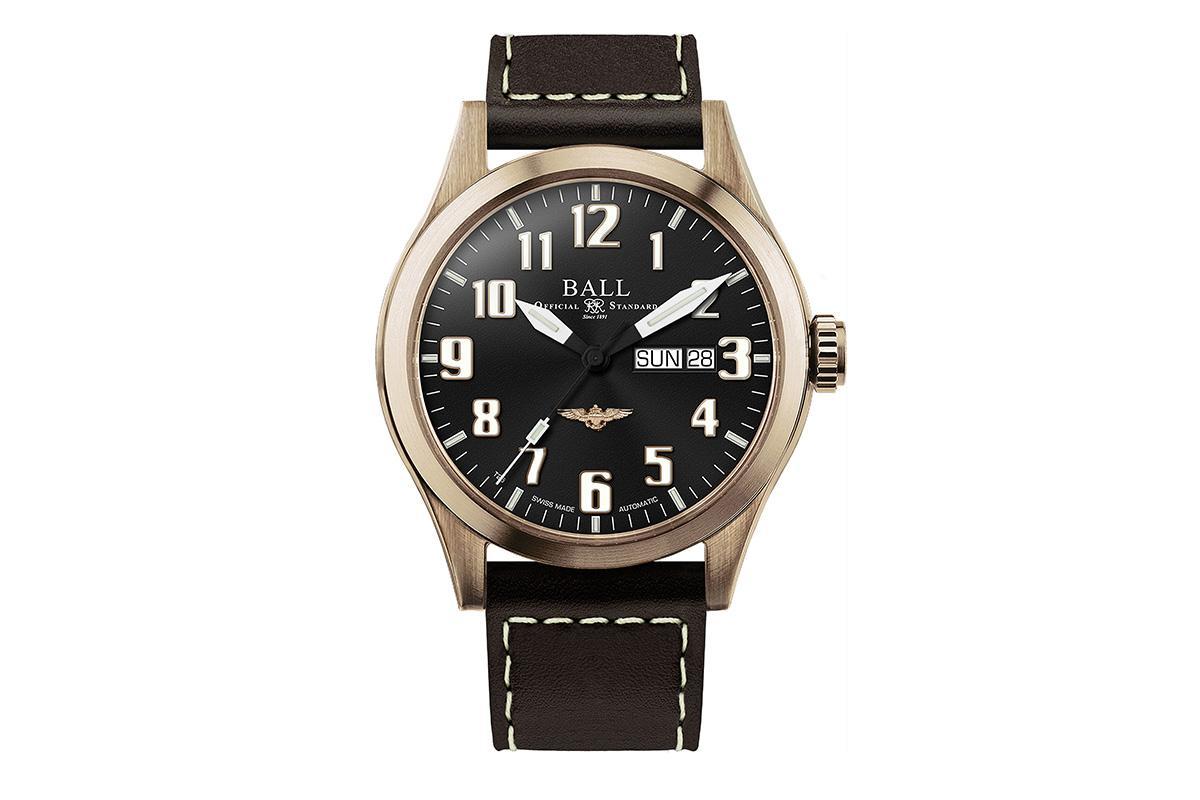 BALL首款青銅錶選擇在網路通路預購,限量3,000只,專案價NT$ 42,680。