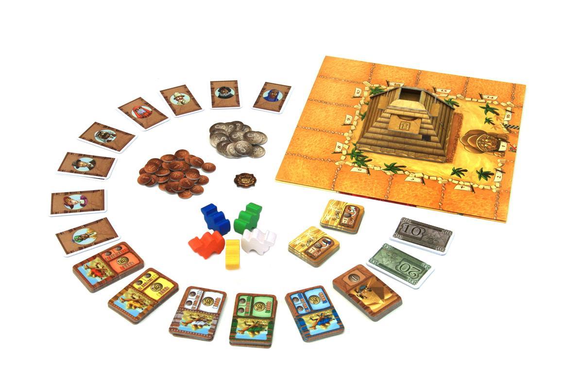 卡片、道具與立體骰塔(圖片來源:BGG)
