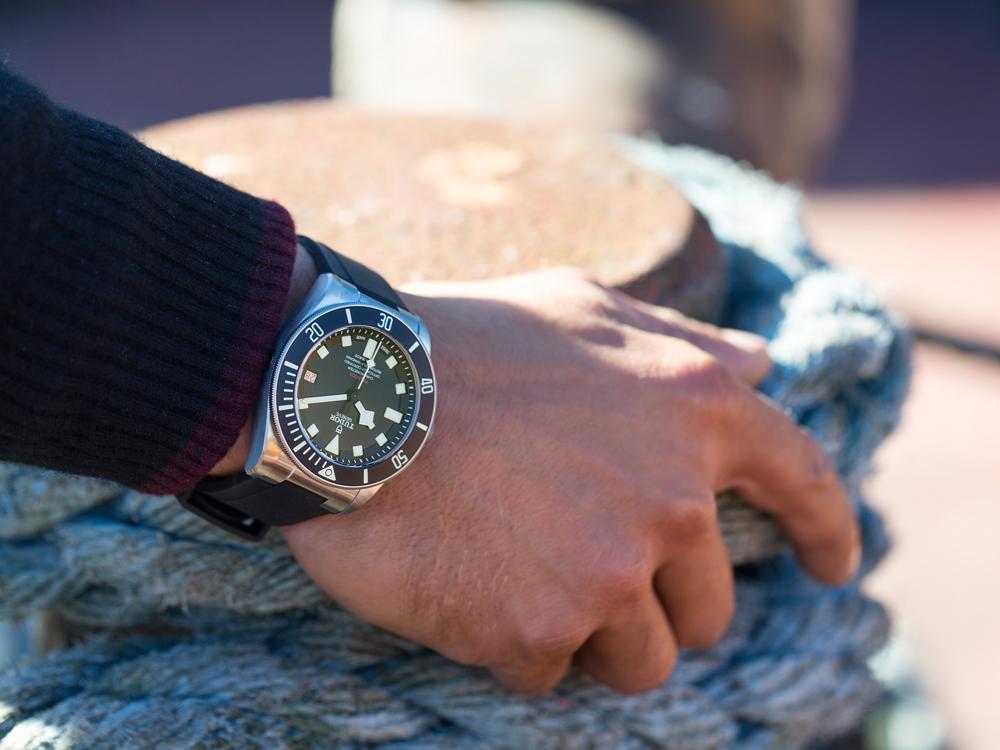 你知道嗎?買左撇子腕錶的大多都是正常右撇子的消費者喔!
