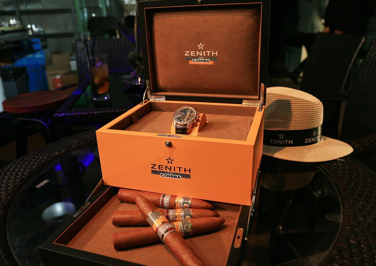 隨錶附上的錶盒還能當雪茄盒使用。