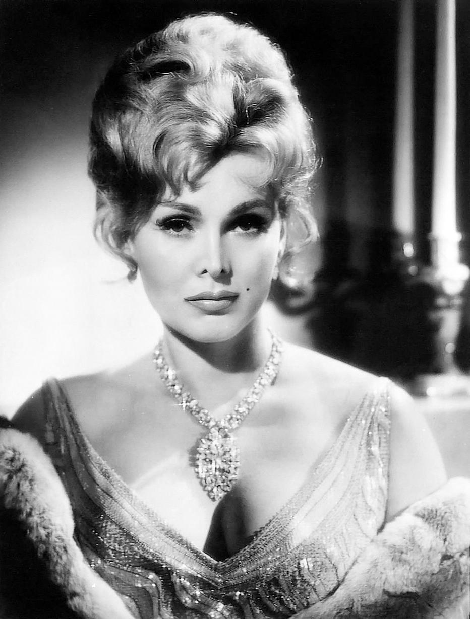 莎莎嘉寶的多次婚姻和幕前幕後各種緋聞軼事,曾是好萊塢八卦小報歷久不衰的題材。(取自東方IC)