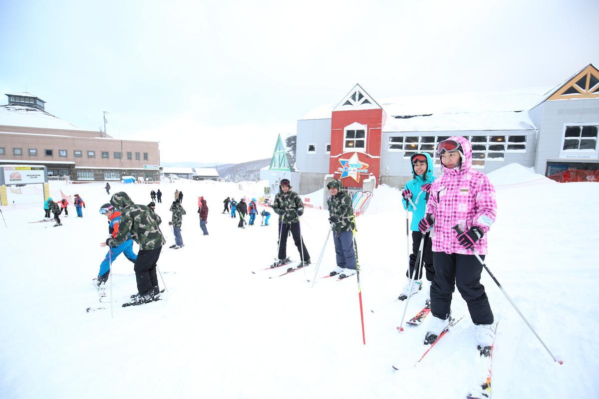 喜樂樂有很棒的滑雪課程,針對國際旅客亦有英語教學。