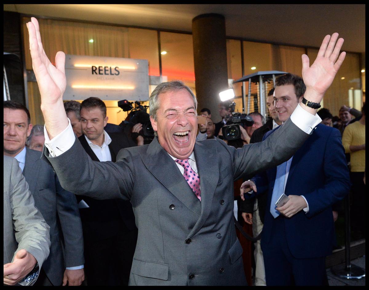 英國脫歐大將--獨立黨前領導人法拉吉攝於6月24日英國脫歐公投後。他說川普的勝選,是「超大規模的英國脫歐」。(東方IC)