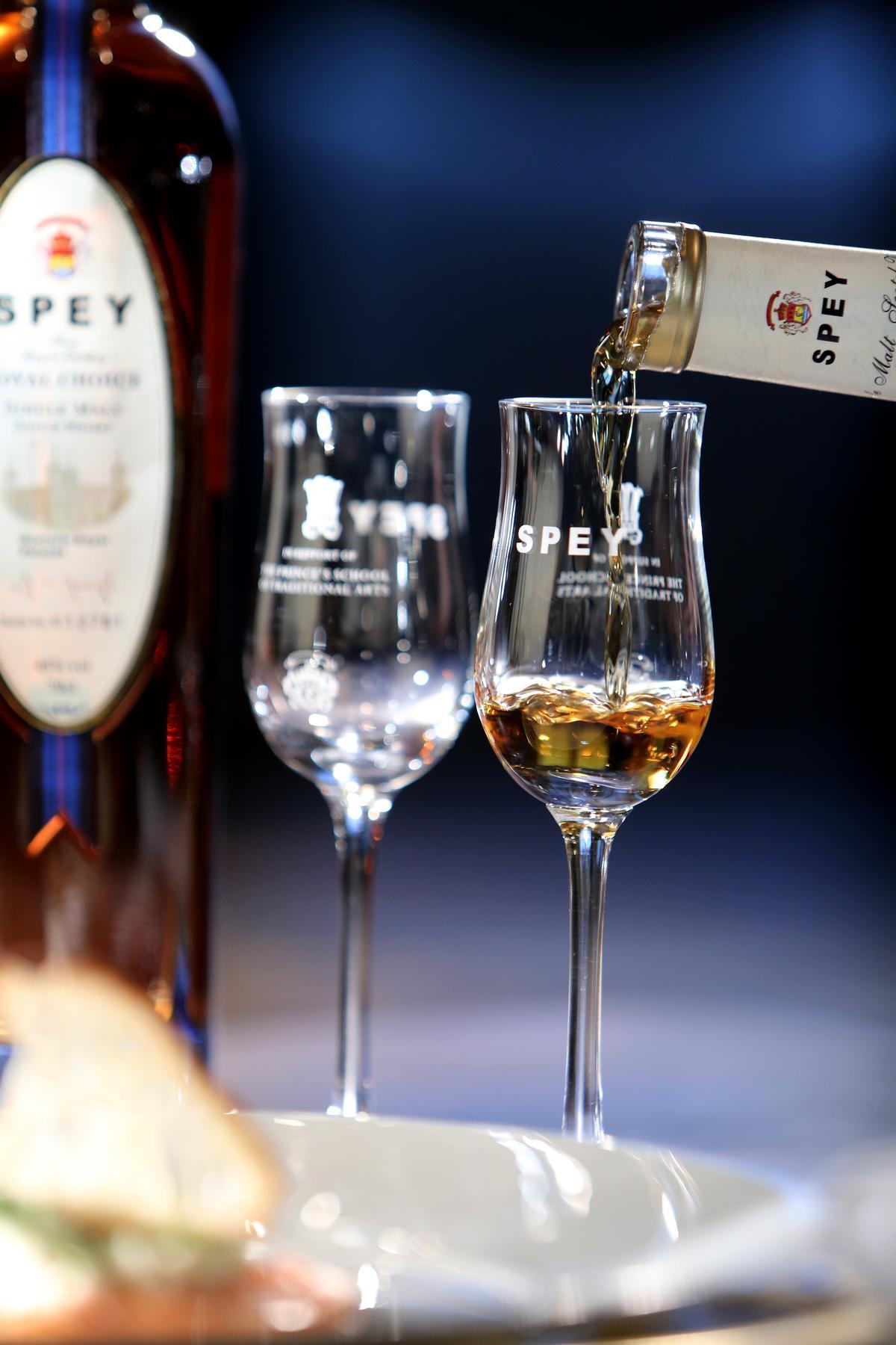 威士忌是英國重要經濟文化資產,SPEY是唯一獲得英國皇室認可,授權使用英女皇慈善基金會商標的單一純麥威士忌品牌。