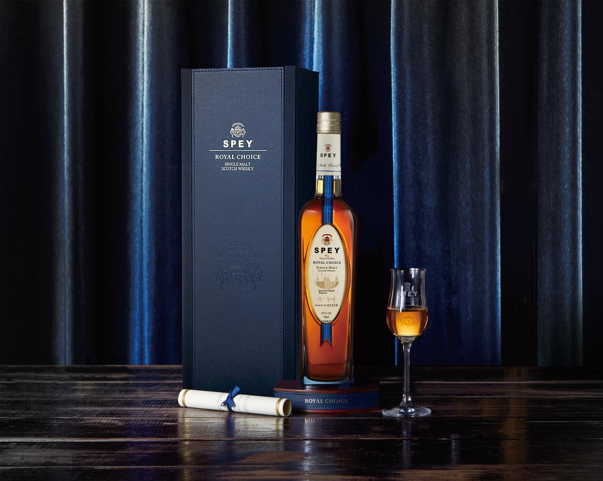 SPEY詩貝皇室精選單一純麥蘇格蘭威士忌,今年11月順應環保趨勢推出全新錦盒包裝。
