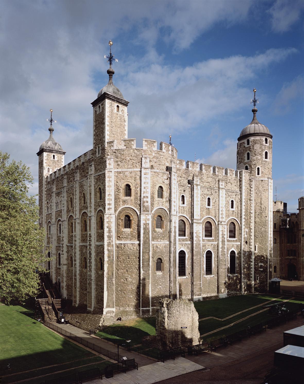 由於SPEY與皇室的合作關係,買主得以在倫敦塔封塔享用晚餐。