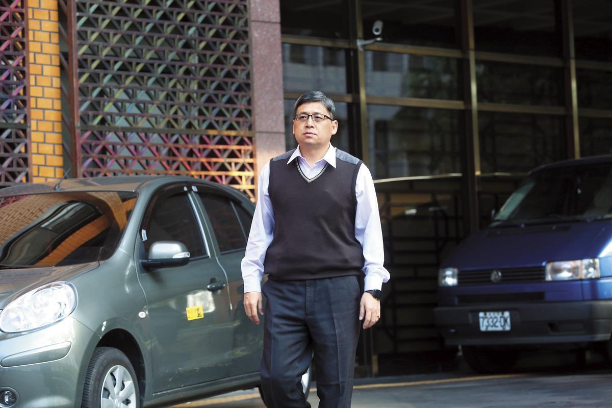 台北地檢署主任檢察官周士榆(圖),2006年曾以貪汙罪起訴馬英九的特別費案,目前偵辦馬涉洩密案。