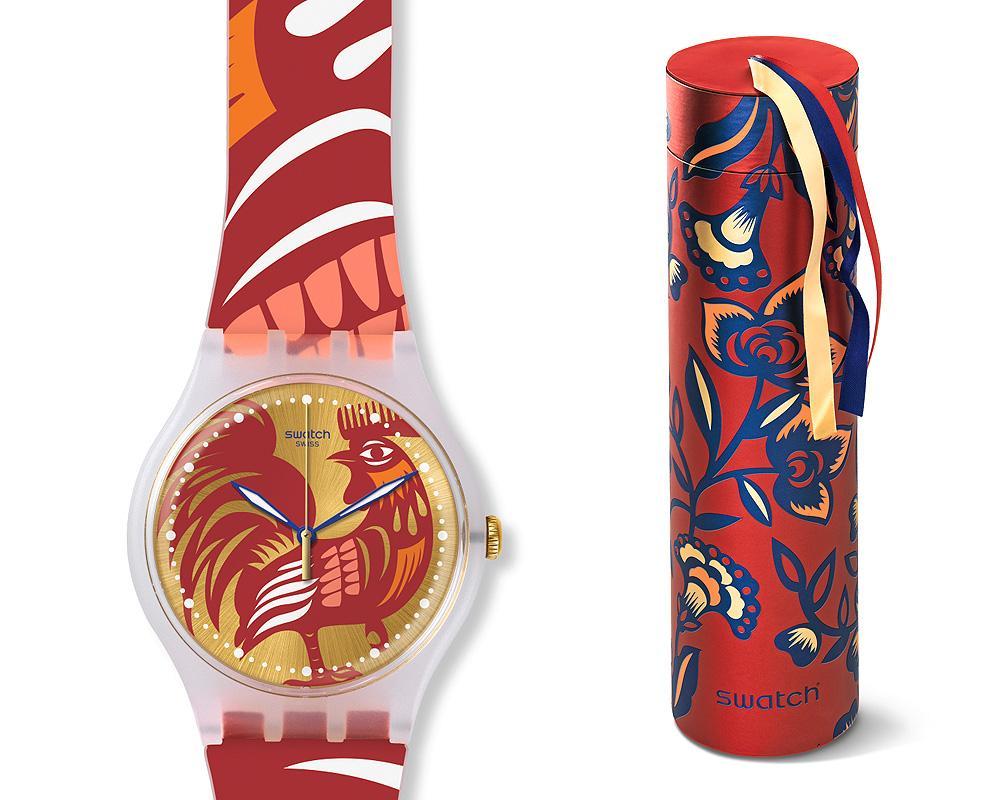 說到生肖錶怎麼能少的了SWATCH?「金雞報春」 (SUOZ226)除了色彩繽紛之外,外盒還做成爆竹形狀,相當討喜。建議售價NT$2,700。