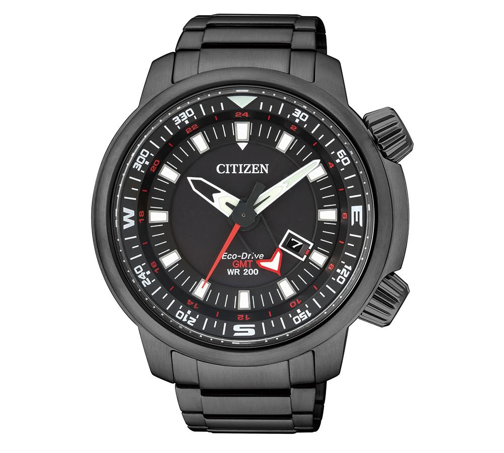 CITIZEN也能很高調!這款Promaster潛水錶以全黑外型亮相,還用了雙錶冠設計,一整個很搶眼。建議售價NT$17,000。