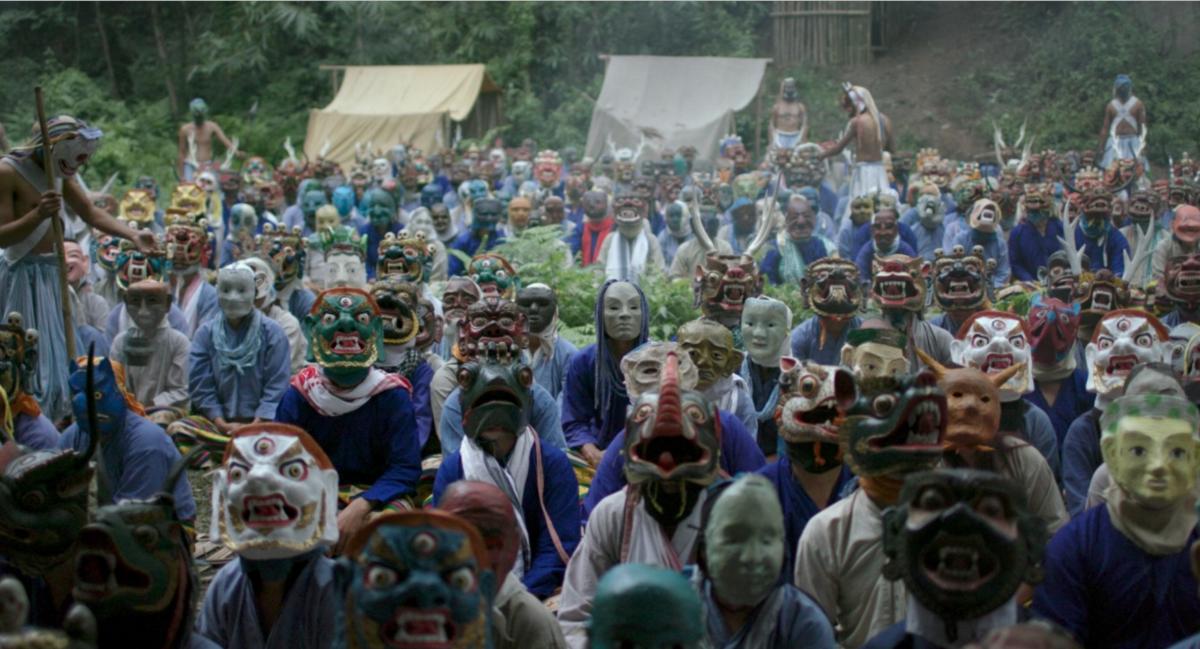 《嘿瑪嘿瑪》中的人物因為參加神秘修行都戴上面具。(黑帽提供)