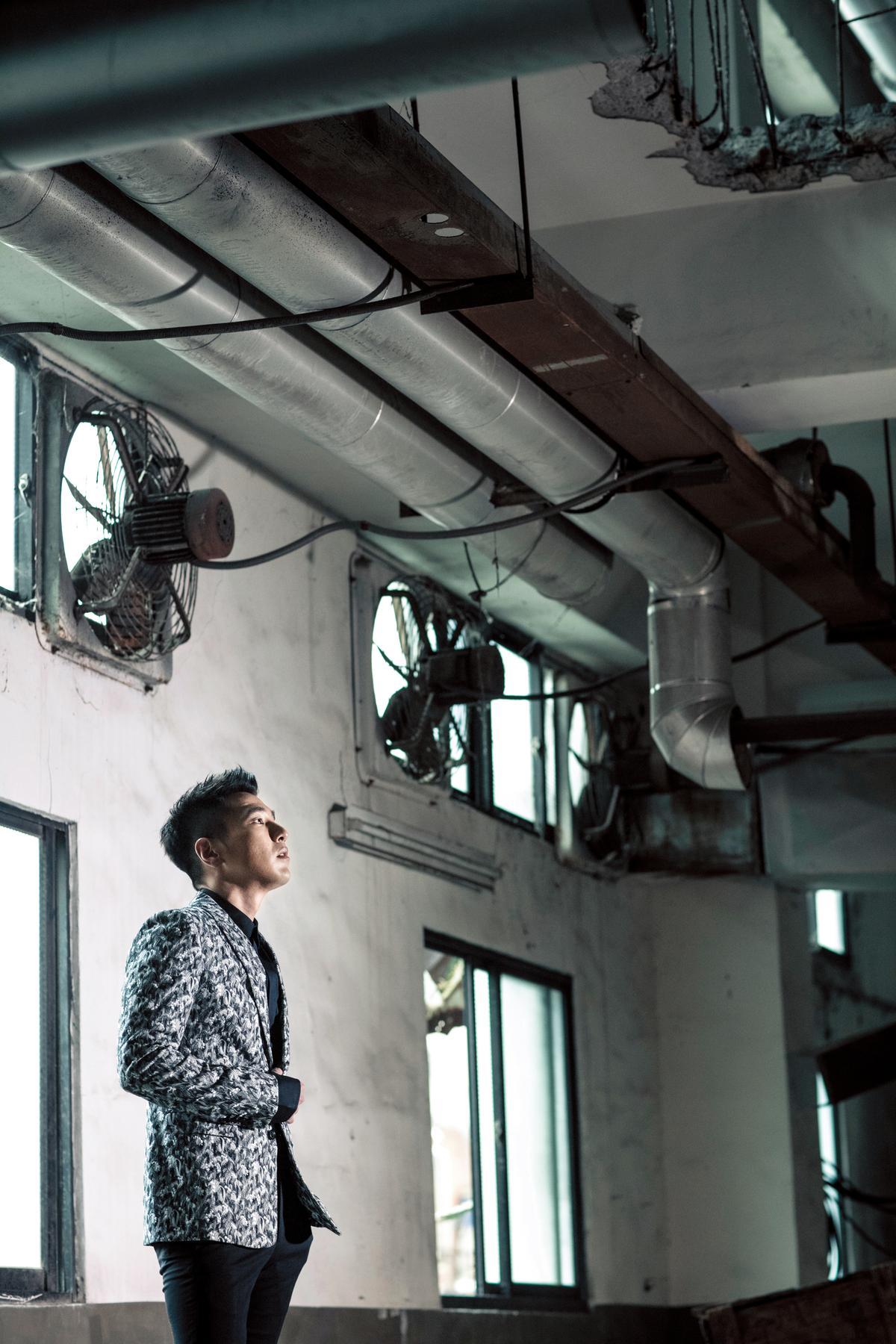 對於正面能量的過度偏執,反而讓趙又廷有種接近旁門左道的樂趣。