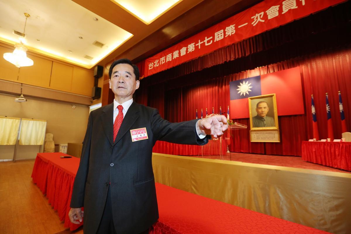 國光客運副董事長王應傑強調,客運業是高門檻行業,無法向其他產業聘請工讀生、派遣工降低加班費支出,漲價是必然。