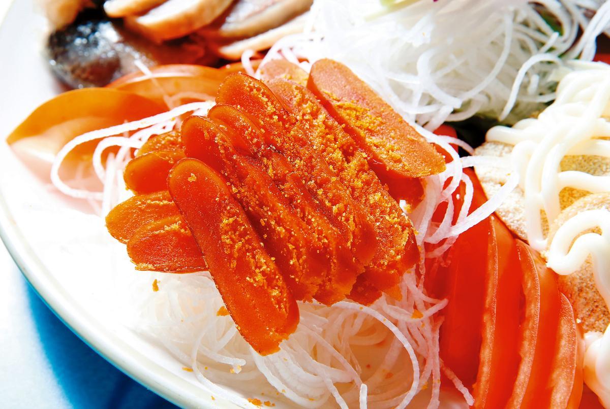 起鍋後,可配青蒜、白蘿蔔,也可搭水梨、蘋果一起吃。