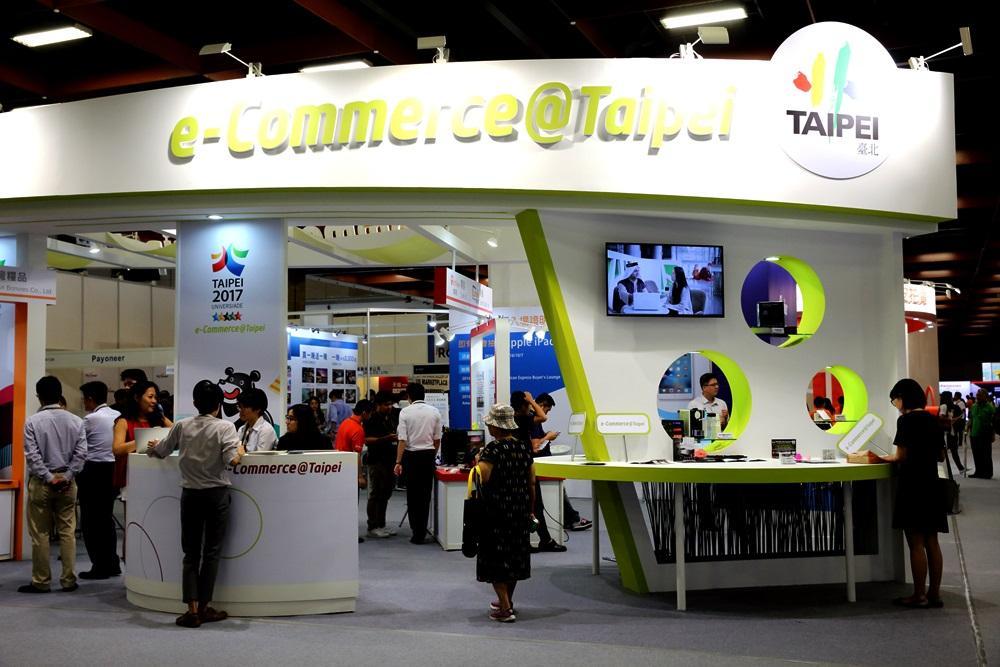 台灣電商產業年成長率可達10%,但電商股卻因毛利萎縮、成長放緩而股價重挫。