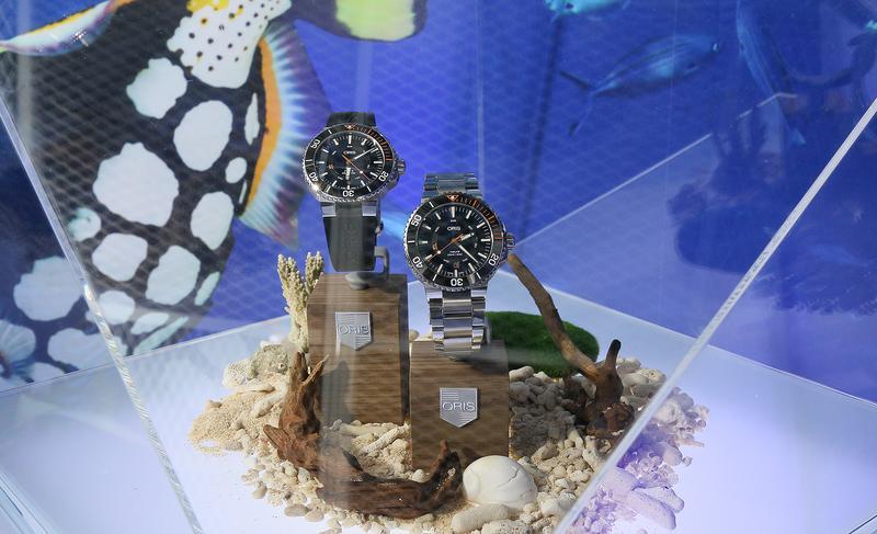 【錶壇焦點】雙髻鯊與鹿角珊瑚的邂逅?ORIS 全新Aquis系列潛水錶登台