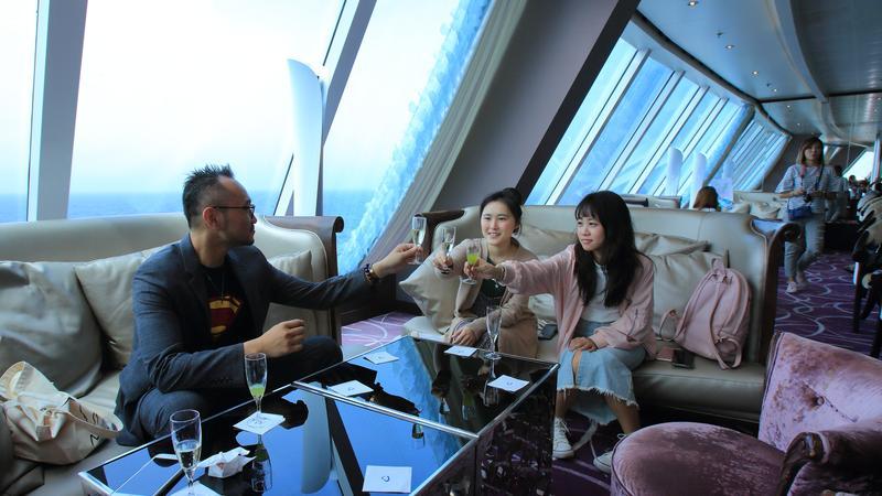 每日千元內預算!輕鬆避開人潮享受包船般的海上輕奢華玩法