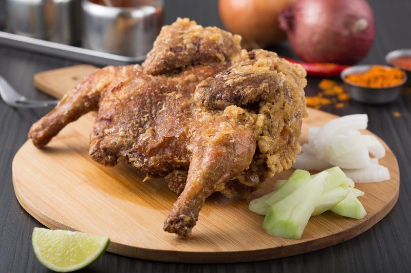 雞汁洩洪的馬來西亞炸雞 整隻吃就是爽!