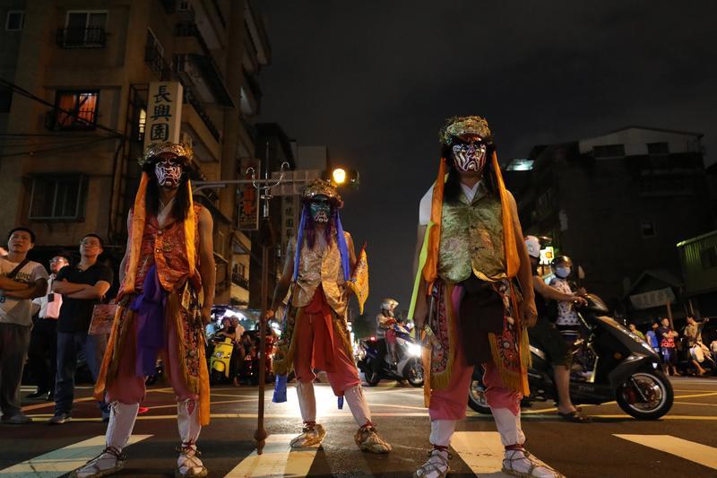 大稻埕霞海城隍祭 暗夜裡的一清專案