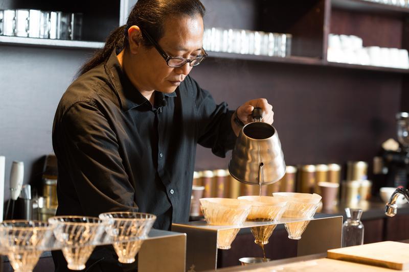 他行腳全台灣 與咖啡農搏感情