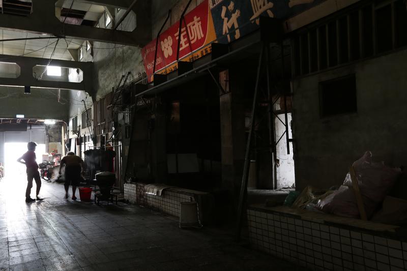 【攝影筆記】台南大菜市裡的廢墟