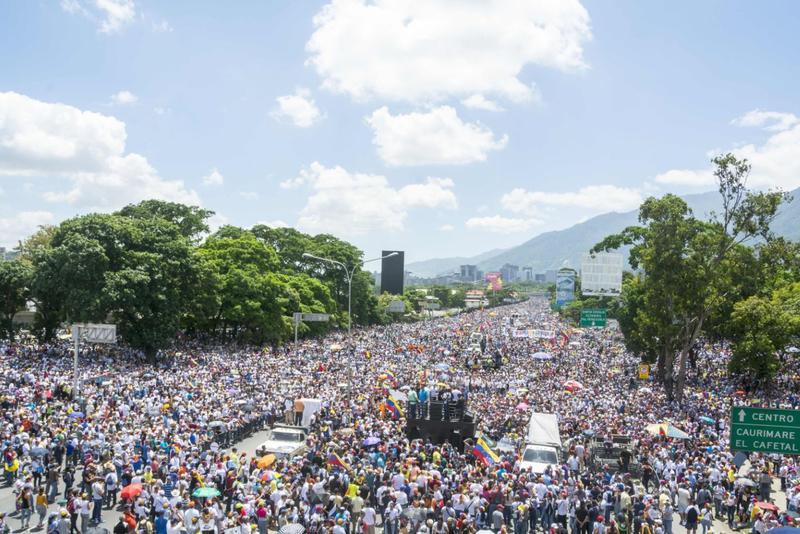 【最近誕生的獨裁國家(上)】昔日的拉美典範委內瑞拉敲民主喪鐘