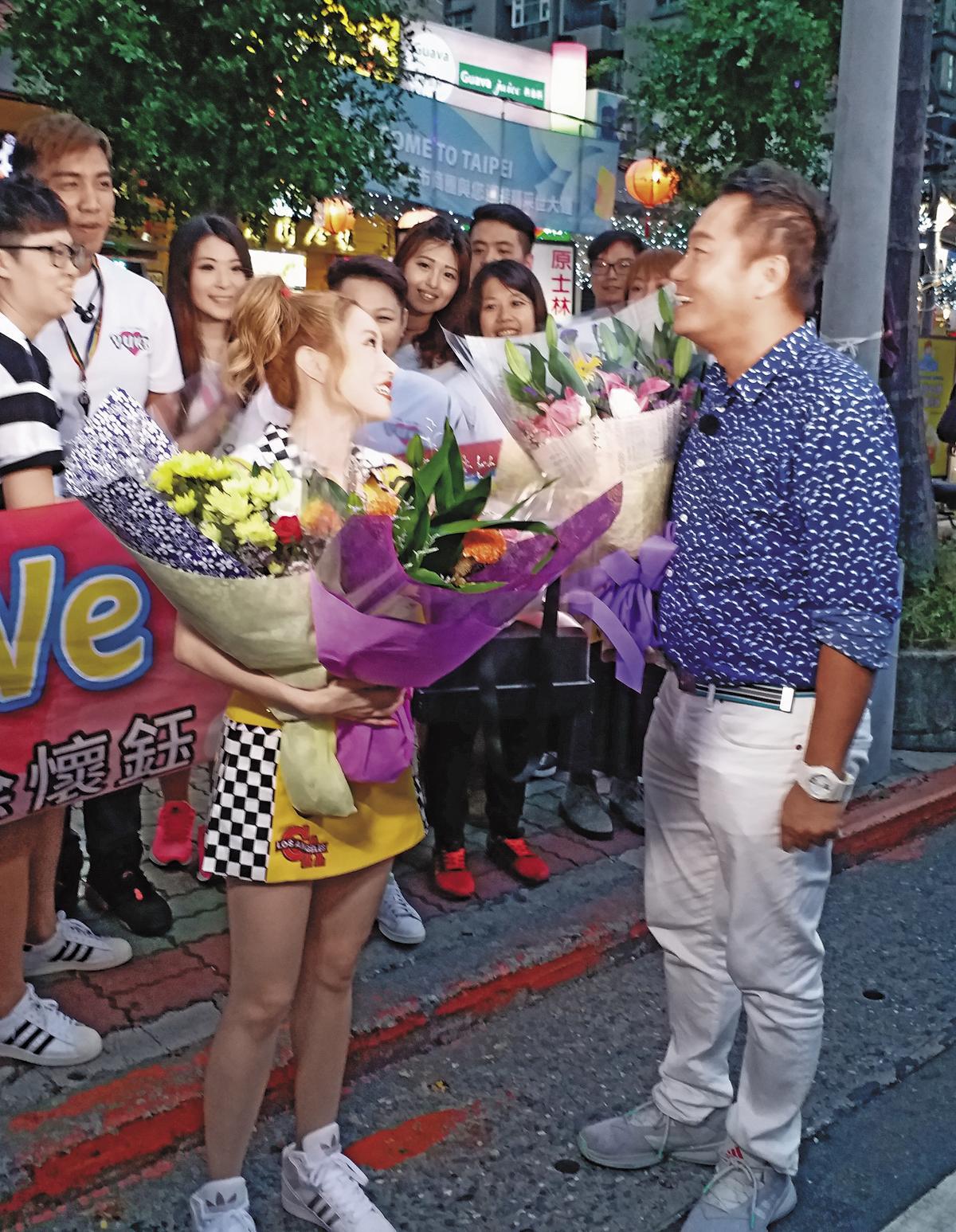 徐懷鈺復出第一炮不容有失,她親自邀請20多年好友張克帆上節目。