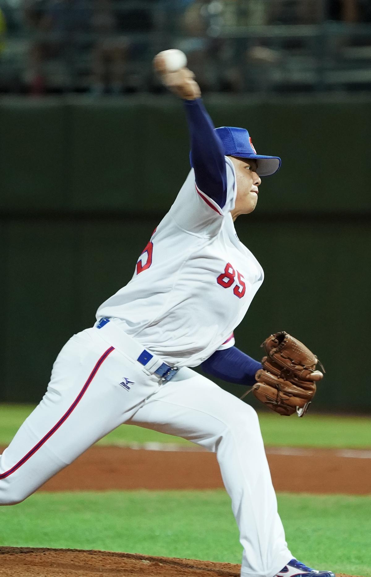 投手陳明軒表現優異,6局無失分、三振11人。