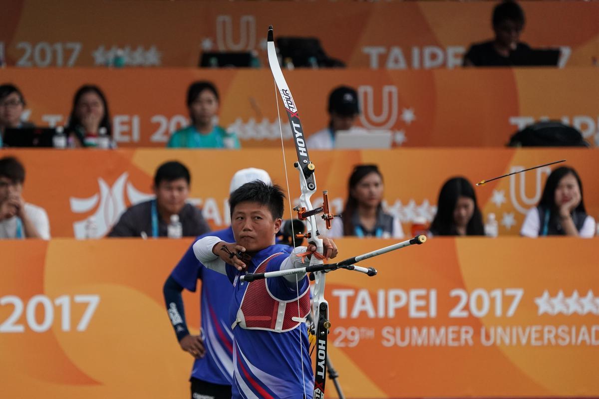 雷千瑩和南韓隊對決。