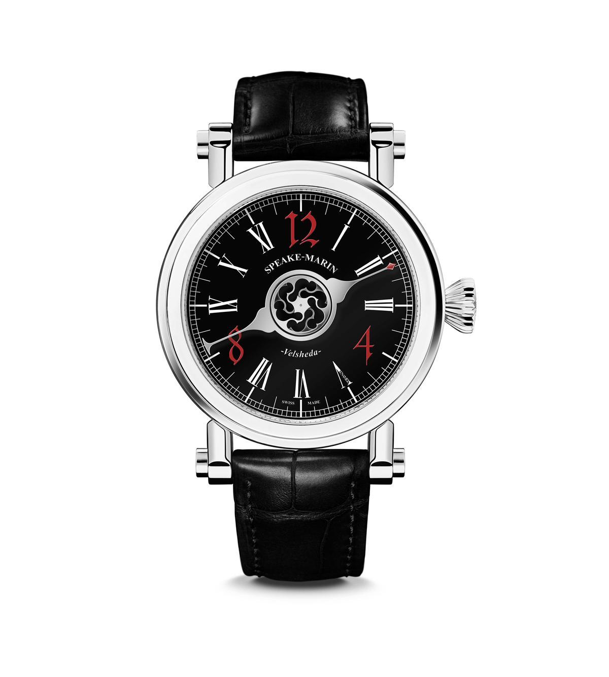 SPEAKE-MARIN Black Velsheda Gothic,可以算是展內的「入門款」。時標刻度的樣式與配色,以及錶耳錶冠的造型非常有趣。定價NT$492,000,全球限量16只。