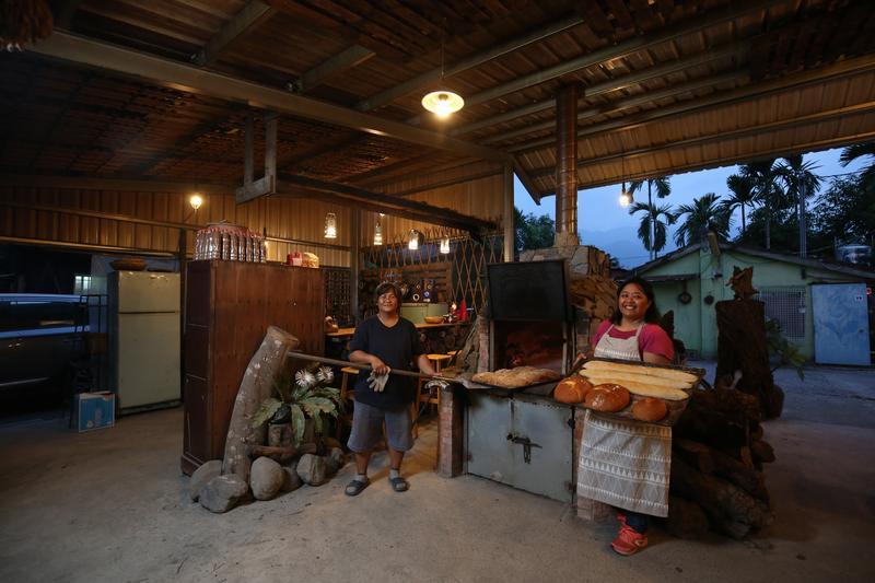 大火燒光後再復活 屏東山裡的窯烤麵包