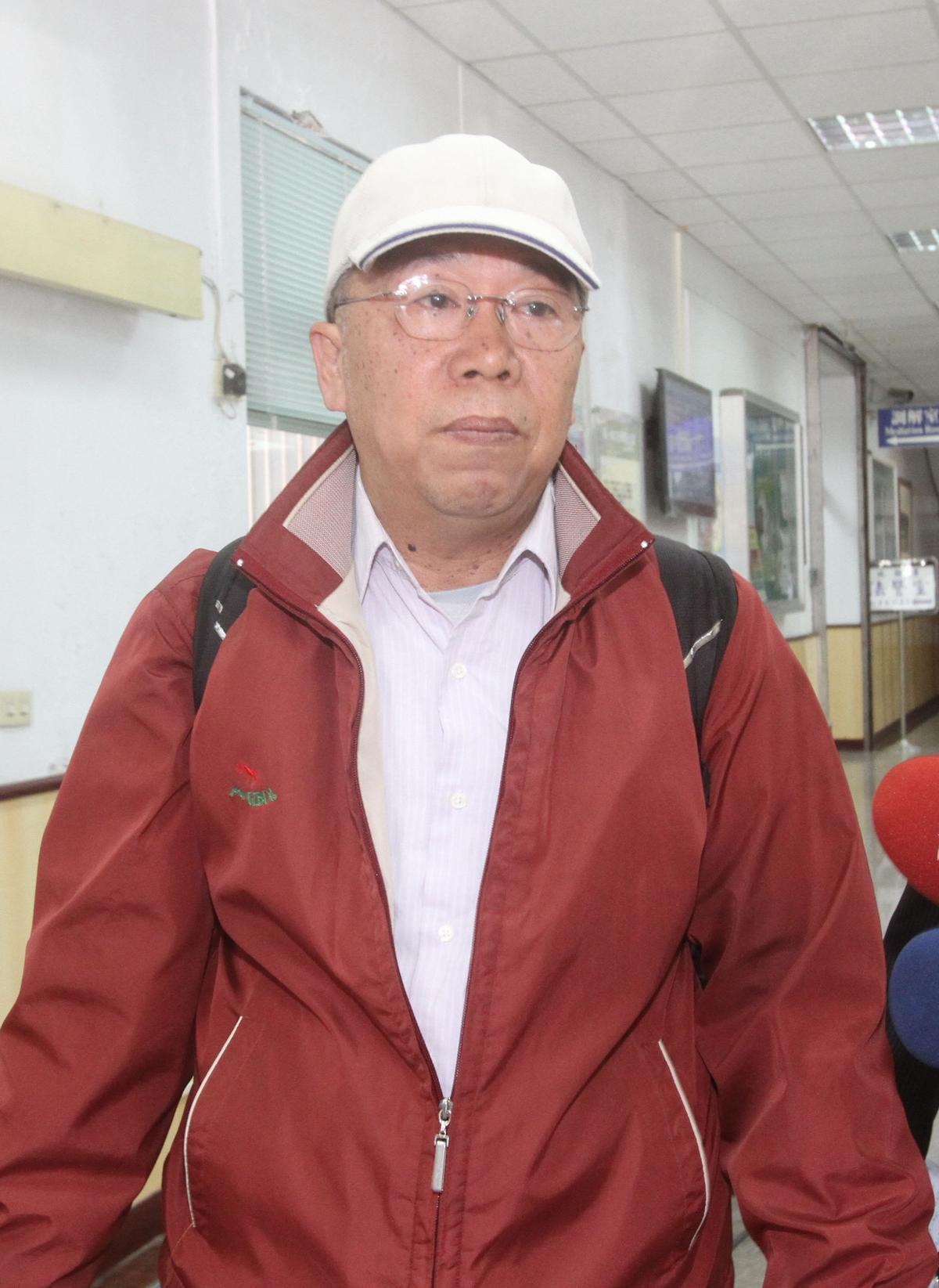 法醫石台平(圖)庭訊時把洪仲丘死因改為意外,法醫高大成質疑他左右判決。(中央社)