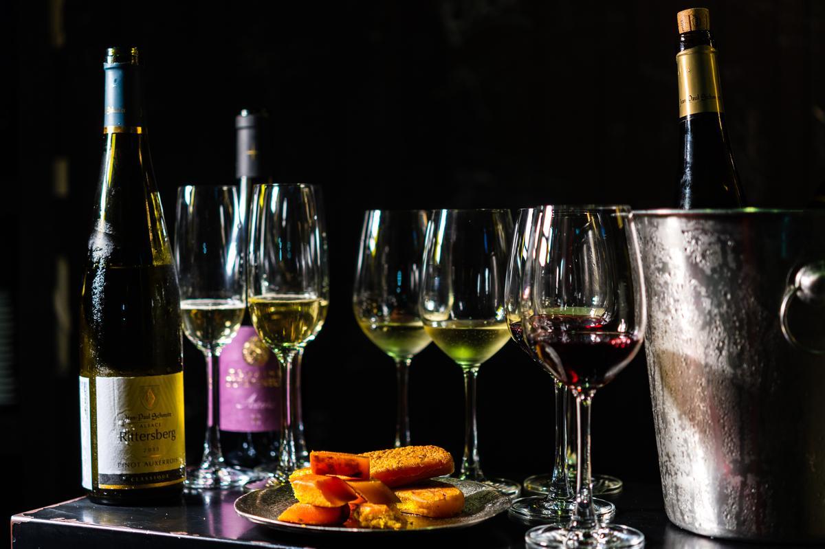 圍爐餐桌少不了的烏魚子,與葡萄酒也能搭出巧妙。