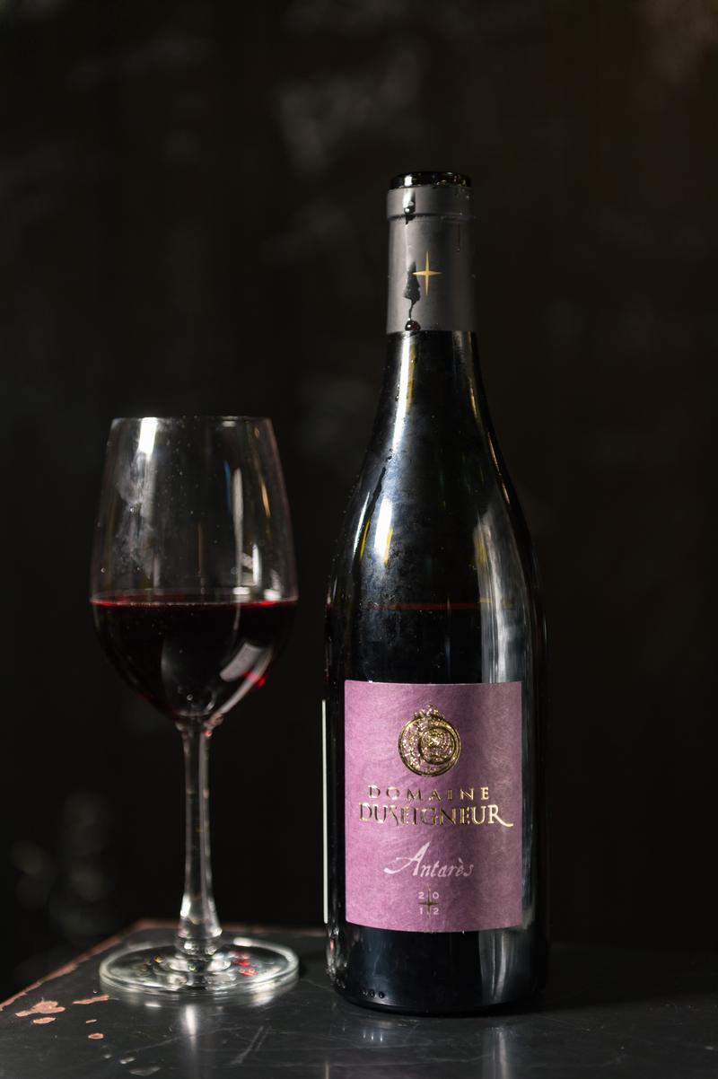 單寧細緻,花果香豐富的紅酒適合搭配烏魚子。