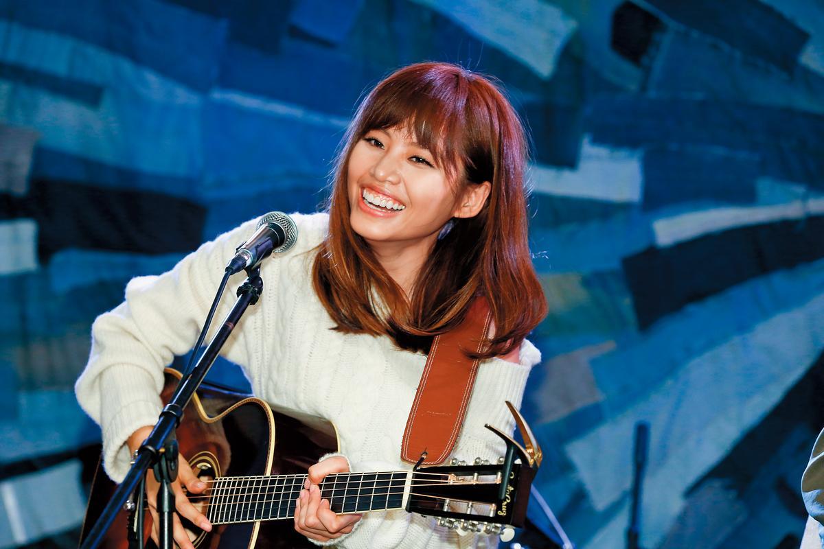 吳汶芳為新專輯舉行小型巡演,未來還夢想站上更大的舞台。