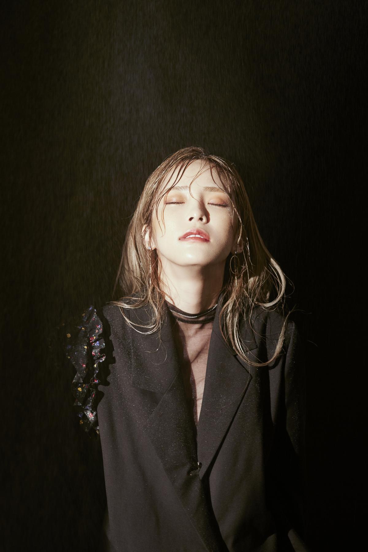 HEIZE深具魅力的音色讓粉絲被她歌聲吸引,迫不及待想看現場演出。(寬宏藝術提供)